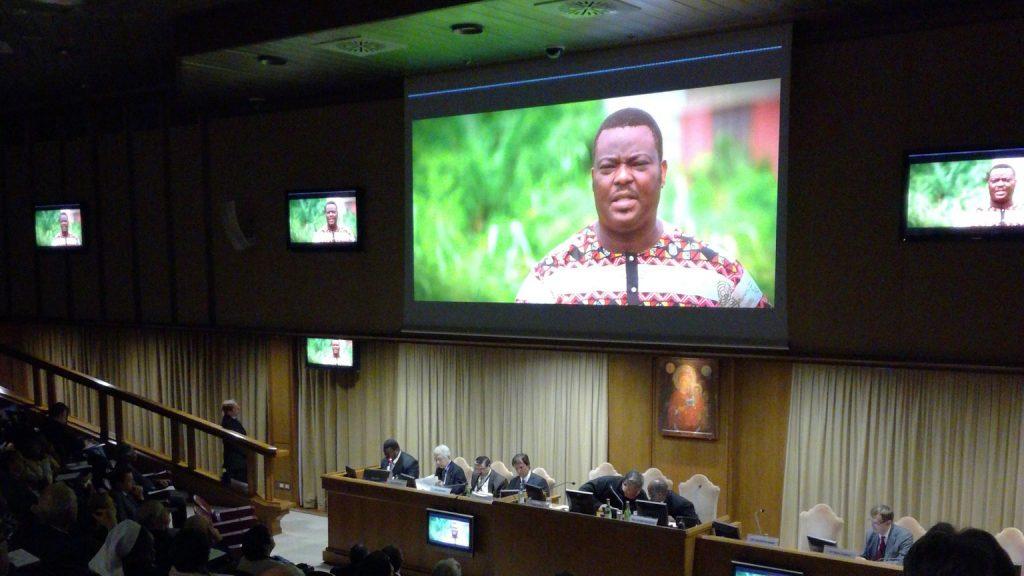 projection reportage raoul follereau hopital de kobe benin