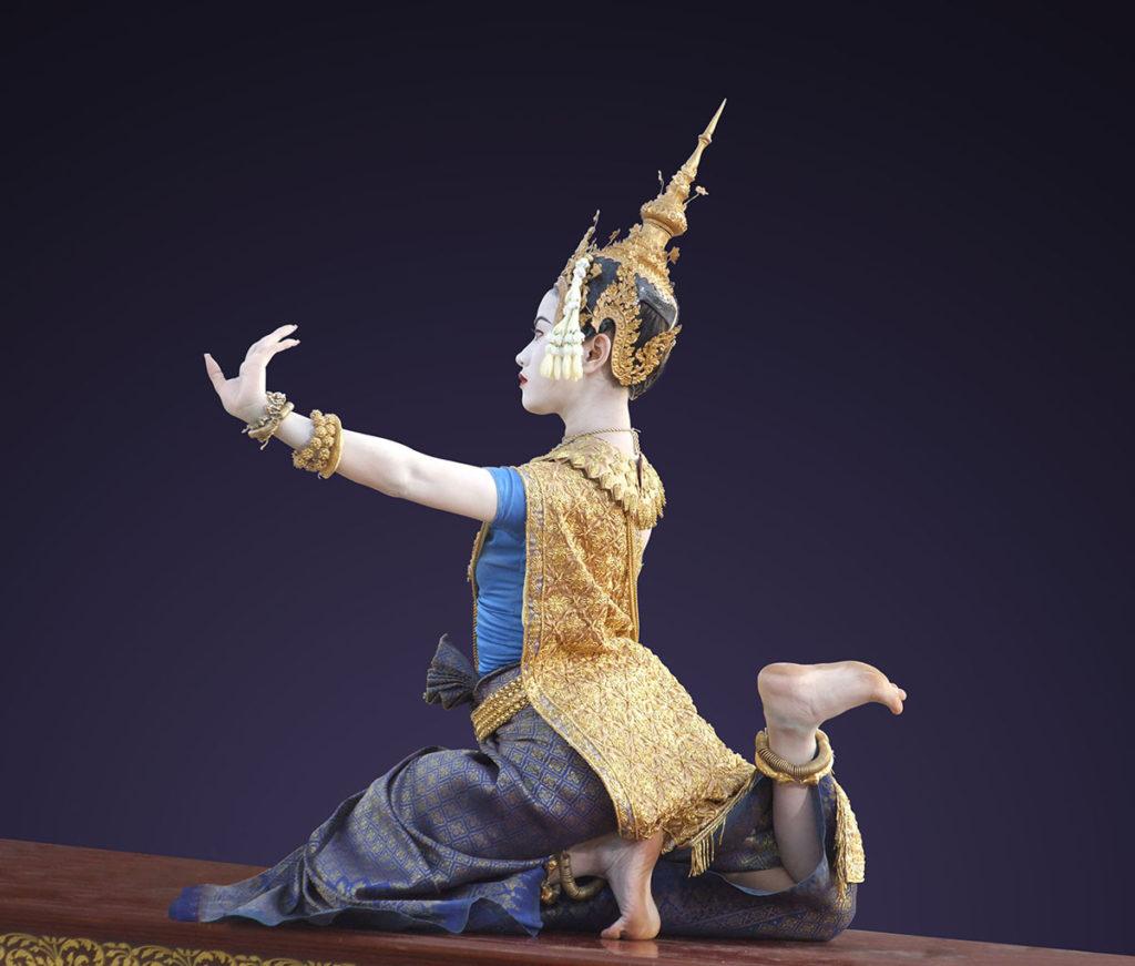 La beaute du geste, un film de Xavier de Lauzanne - Affiche sans textes (detail) danse Cambodge ballet