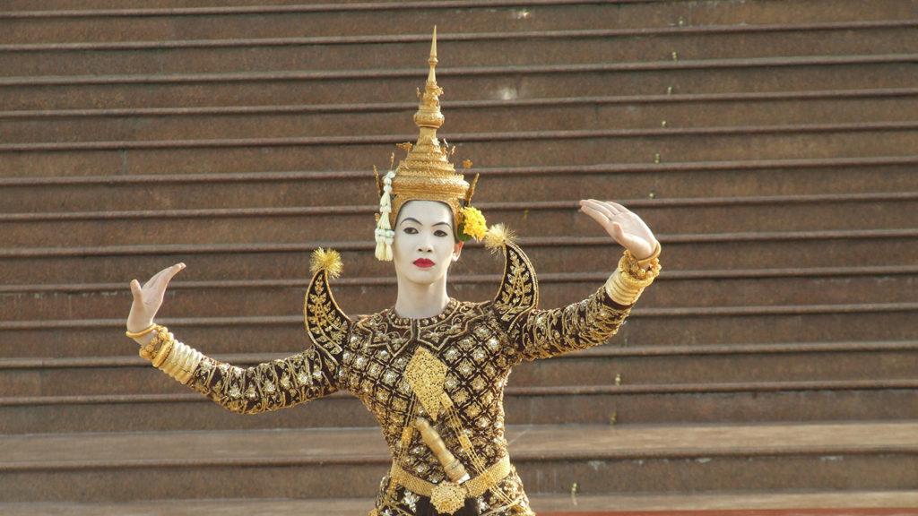 La beauté du geste, un film de Xavier de Lauzanne danse Cambodge ballet